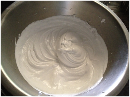 Smooth, glossy gorgeous meringue