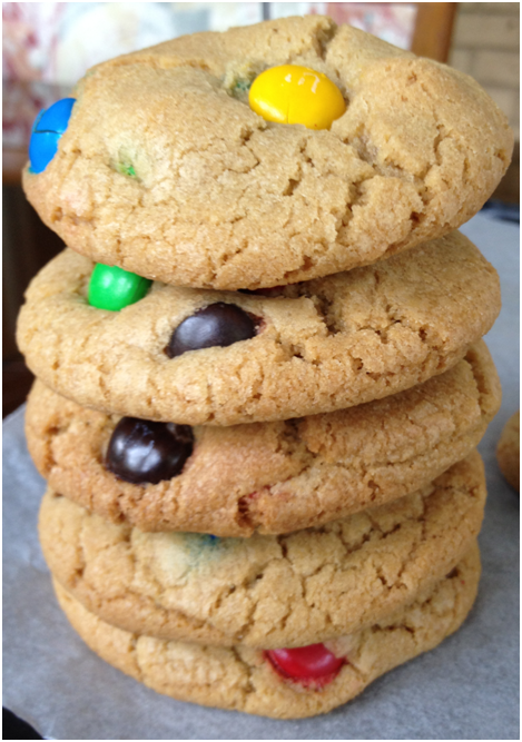 See? Stacking then eating cookies = fun!