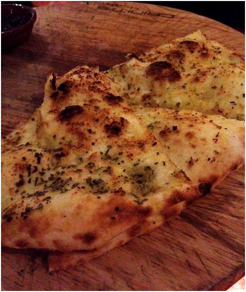 Pizzette Crosta: Garlic Crust ($16.90) - olive oil, garlic, origano w/ hummus, black olive tapenade and tomato-capsicum relish