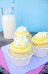 Guest Post #6: Lemon Curd Cupcakes