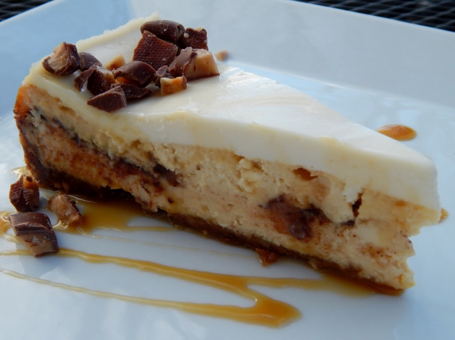 The finished Cheesecake, Caramel Toffee Cheesecake